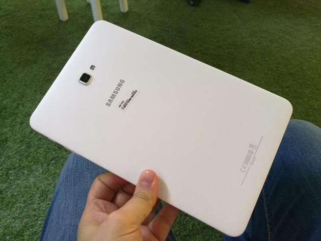 Imagen posterior del Samsung Galaxy Tab A (2016)